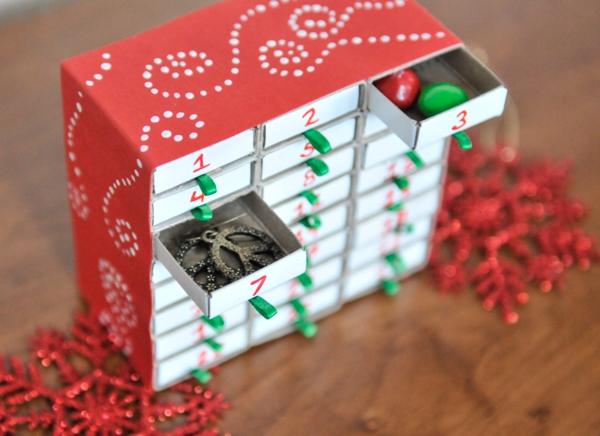 Ausgefallene Adventskalender selber basteln – Ideen und Anleitungen kleiner kalender mit streichholzschachteln