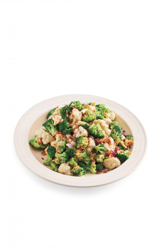 Blumenkohl gesund gesunde Ernährung Salat Brokkoli und Karfiol