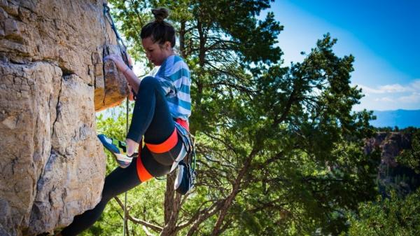 Bouldern Klettern Kletterwand Felsklettern ungesichert