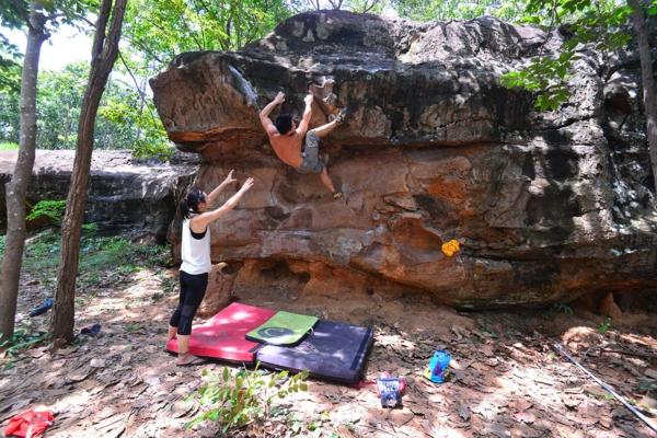 Bouldern Klettern Kletterwand Schwierigkeitsgra Sicherungsmatten