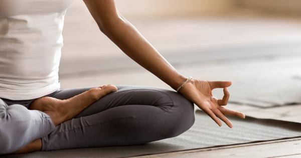 Chakra Meditation praktizieren Tipps Mudra