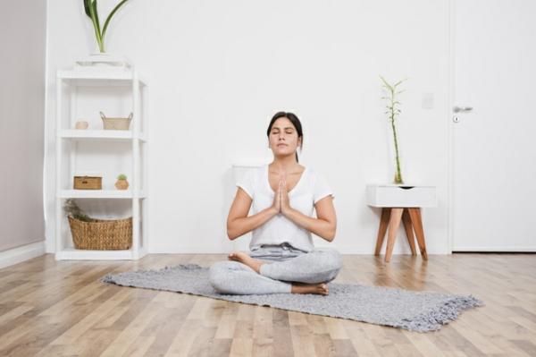 Chakra Meditation praktizieren zu Hause Tipps