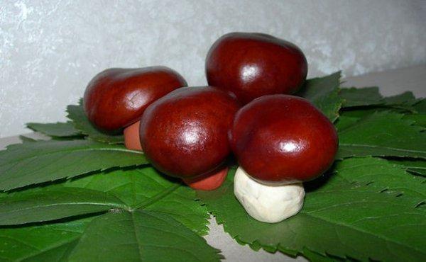 Champingnons - schöne Kastanienfiguren