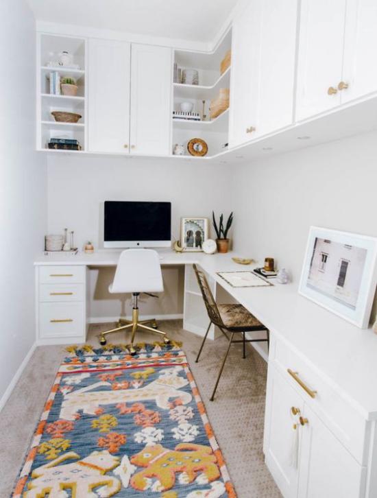 Eckschreibtisch modernes Homeoffice für zwei Personen schmaler Raum clever nutzen