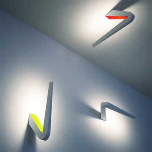 Extravagante Wandleuchten ausgefallene Form montiert an Wand und Decke Spot-Lichter