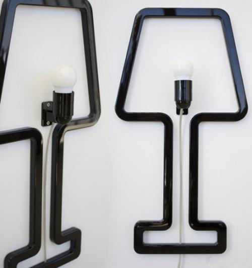 Extravagante Wandleuchten ausgefallenes Design in Industrial Style Glühbirnen schwarze Lampenrahmen an der Wand