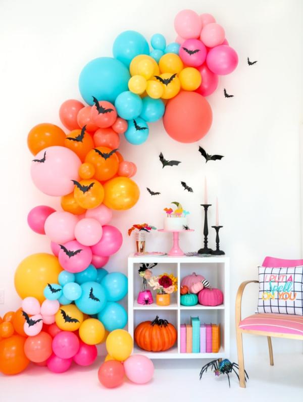 Fledermaus basteln mit Kindern zu Halloween – 50 bezaubernde Ideen und Anleitungen bunte regenbogen ballon wolken fledermäuse