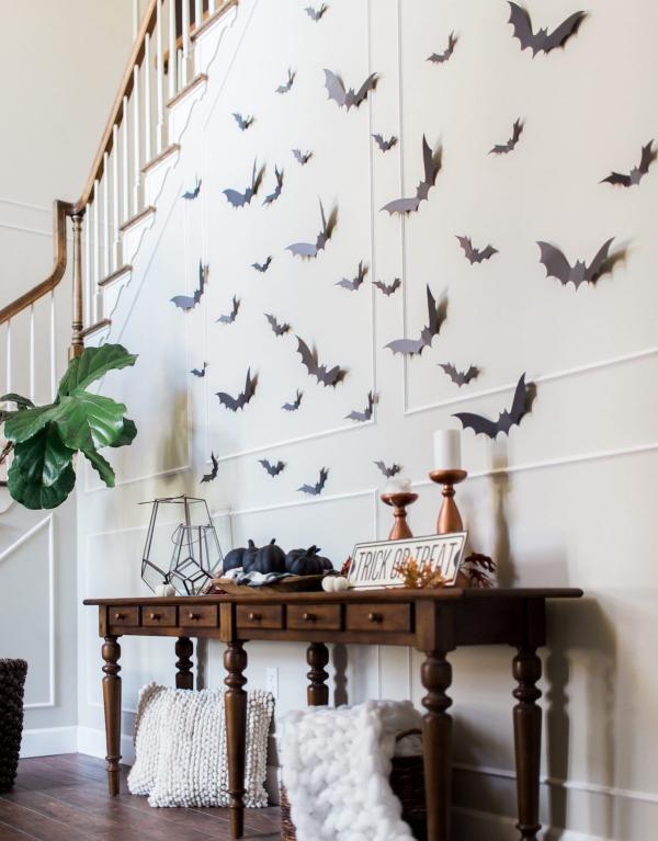Fledermaus basteln mit Kindern zu Halloween – 50 bezaubernde Ideen und Anleitungen fledermäuse deko wände ideen