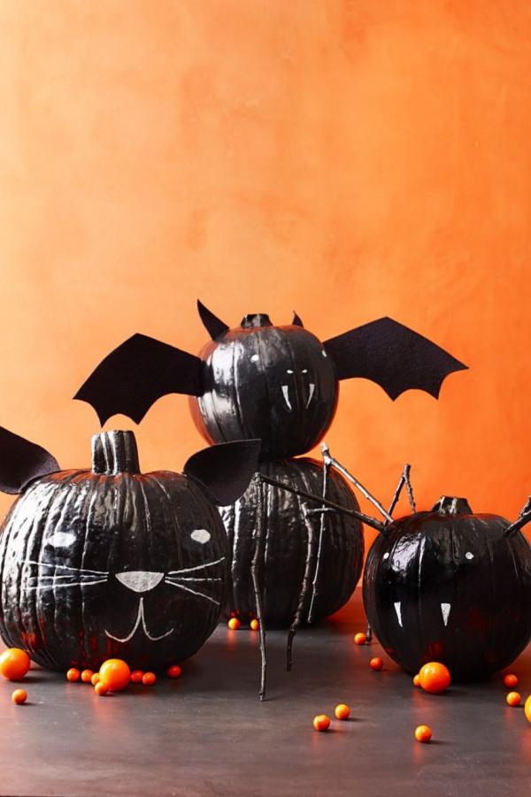 Fledermaus basteln mit Kindern zu Halloween – 50 bezaubernde Ideen und Anleitungen kürbis deko halloween jack o laternen