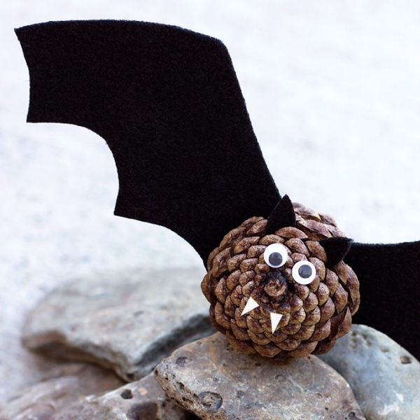 Fledermaus basteln mit Kindern zu Halloween – 50 bezaubernde Ideen und Anleitungen zapfen vampir fledermaus diy