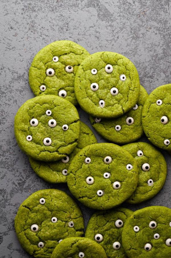 Köstliche und schnelle Halloween Rezepte, die verzaubern kekse plätzchen grün monster augen