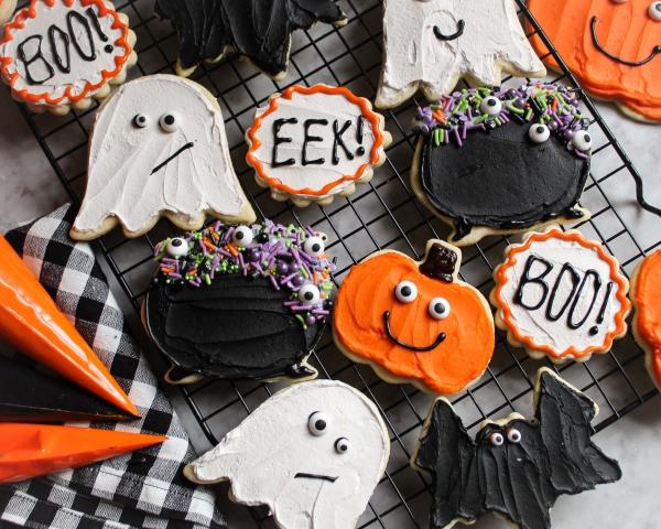 Köstliche und schnelle Halloween Rezepte, die verzaubern kekse plätzchen mit halloween deko