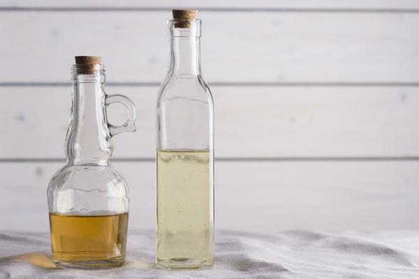 Salzersatz weniger Salz zu sich nehmen Vinegar verwenden