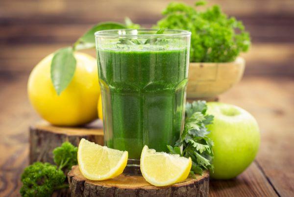 Διατροφή Sirtfood νόστιμοι και υγιείς χυμοί