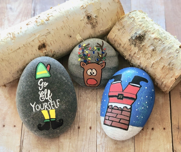 Steine bemalen zu Weihnachten – künstlerische Ideen und Tipps für eine festliche Winterdeko lustige festliche motive rudolf