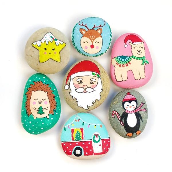 Steine bemalen zu Weihnachten – künstlerische Ideen und Tipps für eine festliche Winterdeko minimalistisch bunt matt lack