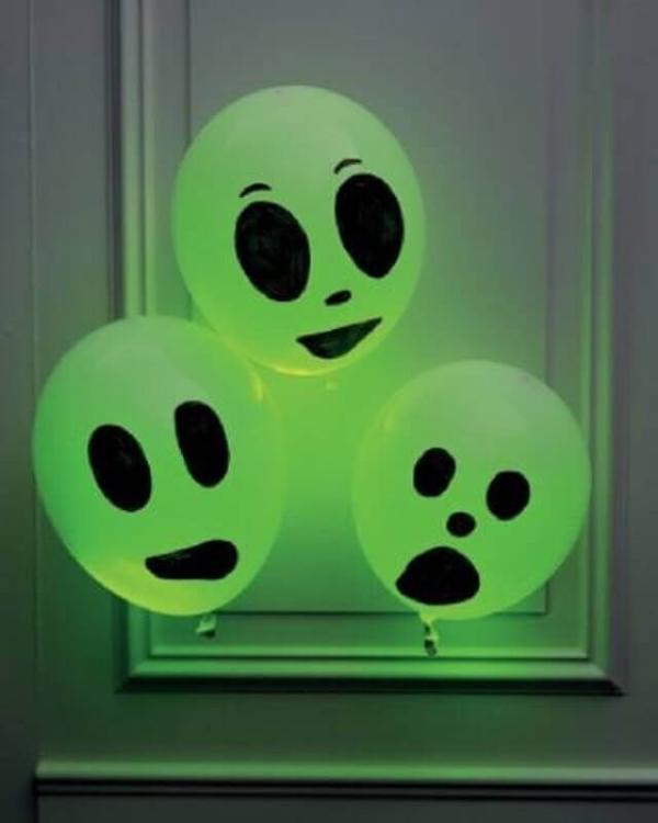 Türdeko Bastelideen für Kinder Halloween Deko