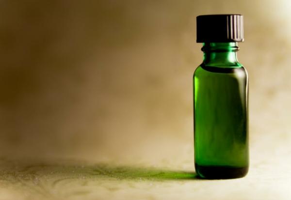 Tamanu Öl grünes Gold Polynesien gesunde Haut Pflege