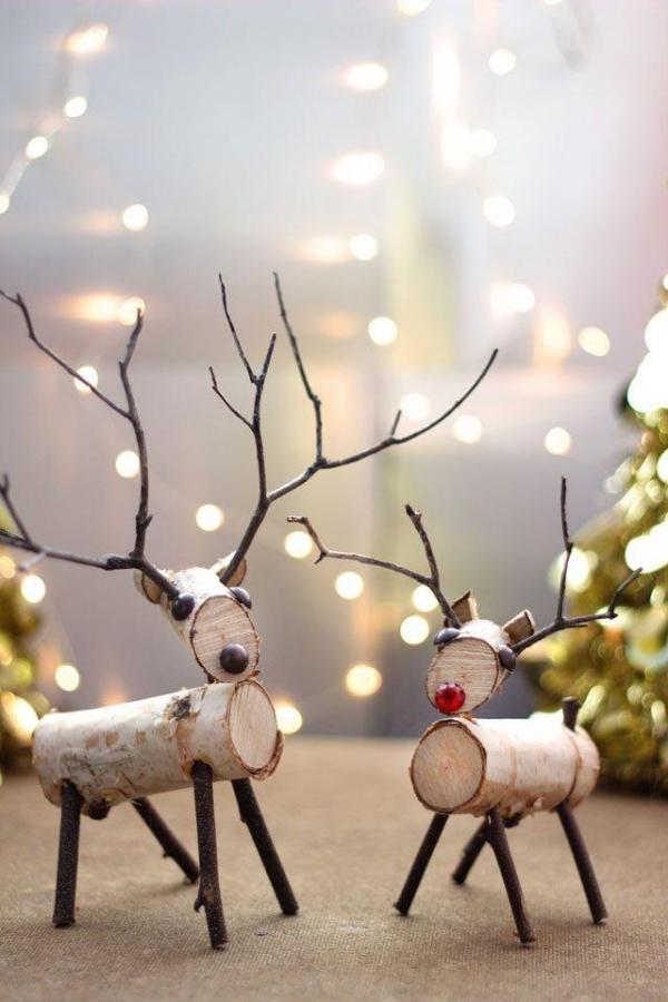 Winterdeko basteln zu Weihnachten birken rinde rentiere rudolf