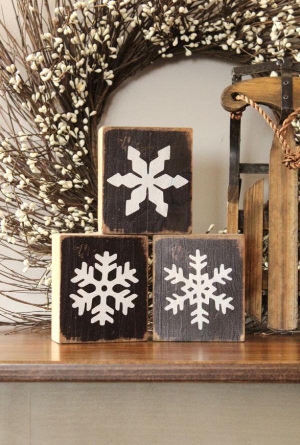 Winterdeko basteln zu Weihnachten holz deko ideen schneeflocken