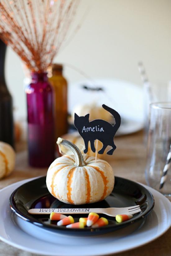 dezente tischdeko halloween herbst kürbis schwarze katze