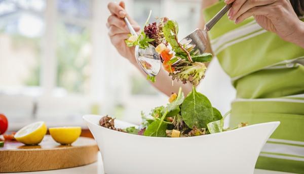immunsystem stärken frische salate zubereiten