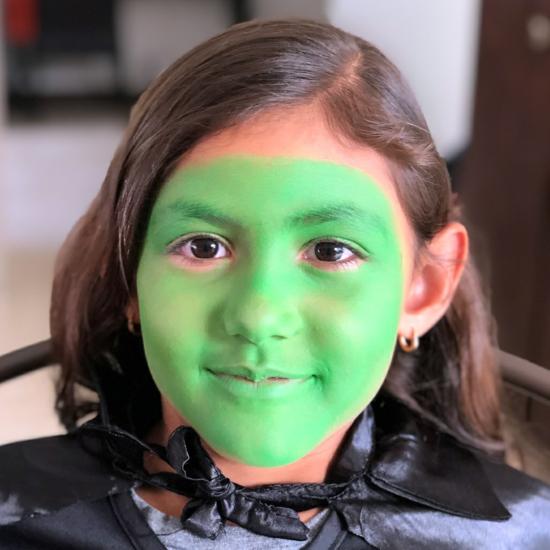grüne kleine hexe schminken 01