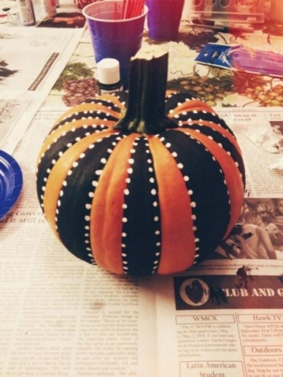 halloween kürbis bemalen