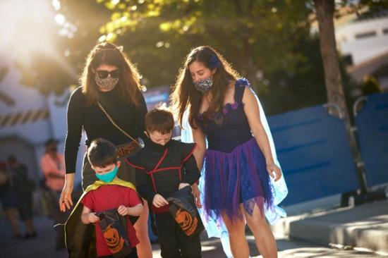 halloween umzug mit kindern 2020