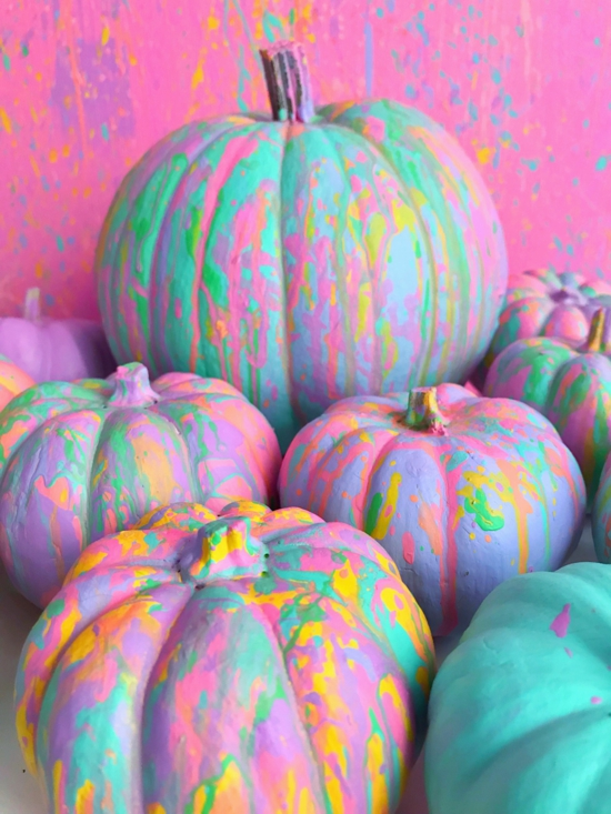 kürbis bemalen bunt pastellfarben