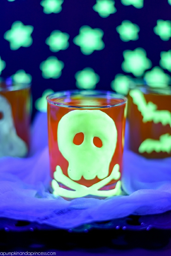 leuchtfarbe halloween deko ideen
