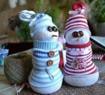 Weihnachtsdeko basteln aus alten Socken – kreative DIY Ideen für Schneemann, Wichtel und Co.