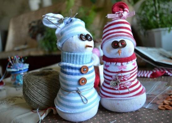 orignelle weihnachtsdeko basteln aus alten socken