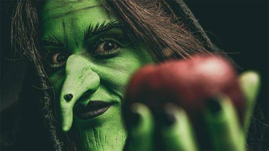 professionell hexe schminken zu halloween