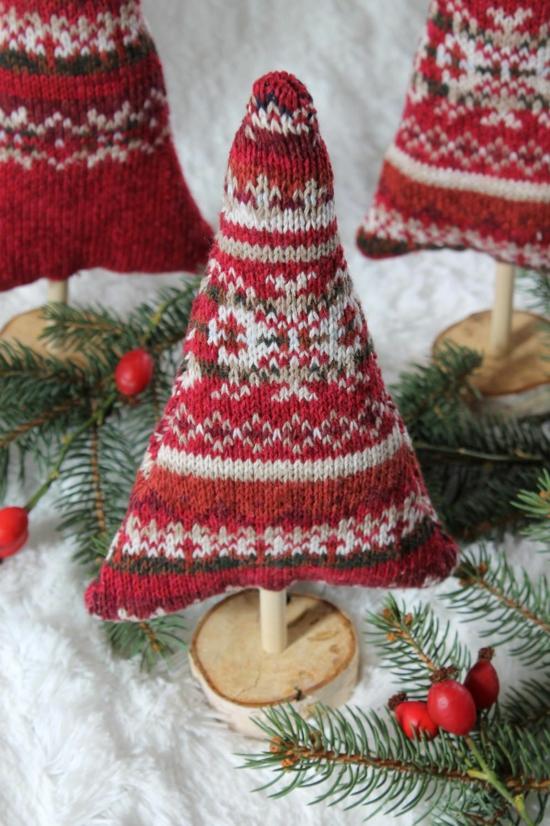 weihnachtsdeko basteln aus alten socken