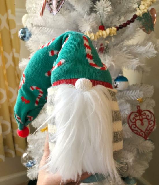 weihnachtsdeko basteln wichtel aus socken