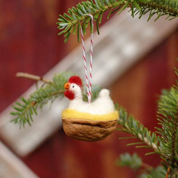 Basteln mit Walnüssen zu Weihnachten und nicht nur – Ideen und Anleitung küken huhn nest niedlich