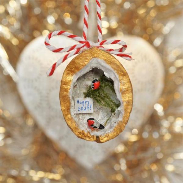 Basteln mit Walnüssen zu Weihnachten und nicht nur – Ideen und Anleitung kleine szene silvester