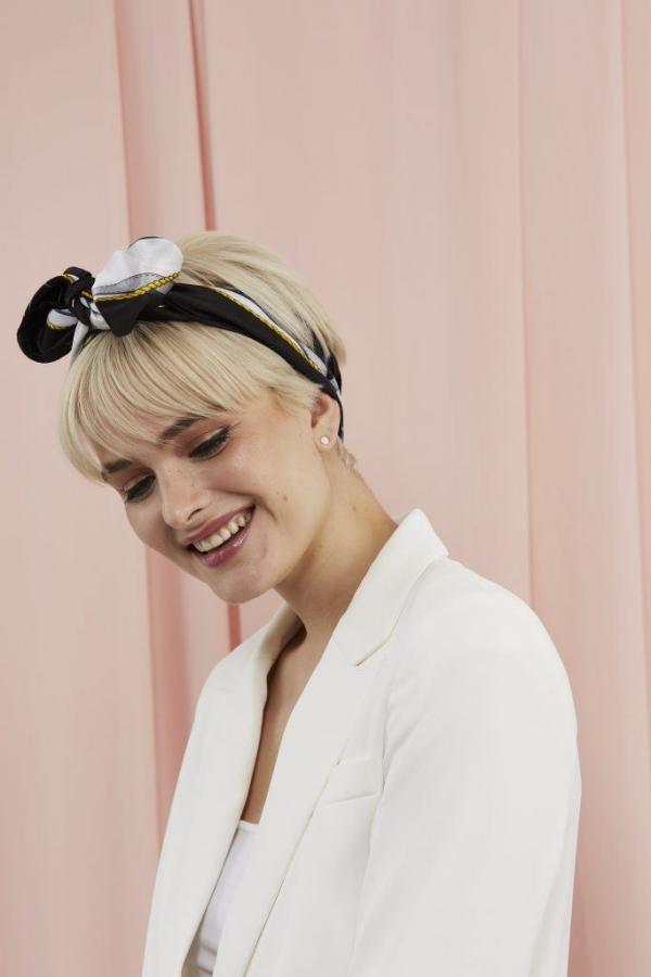 Hübsche, schnelle und einfache Frisuren für Anfänger, die in 5 Minuten machbar sind pixie haare mit tuch