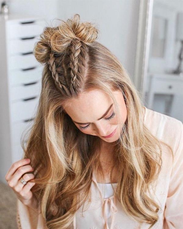 Hübsche, schnelle und einfache Frisuren für Anfänger, die in 5 Minuten machbar sind zöpfe mit dutt half up half down