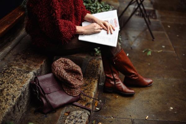 Herbstschuhe richtig auswählen – Folgendes sollten Sie beim Kauf beachten stiefel leder braun stilvoll