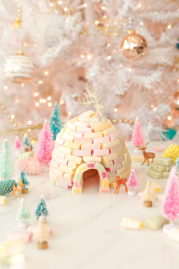Lebkuchenhaus basteln zu Weihnachten – festliche Ideen, Rezept und Anleitung fruchtgummi marshmallow iglu