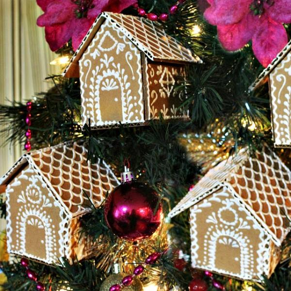 Lebkuchenhaus basteln zu Weihnachten – festliche Ideen, Rezept und Anleitung kleine papp ornamente weißer stift