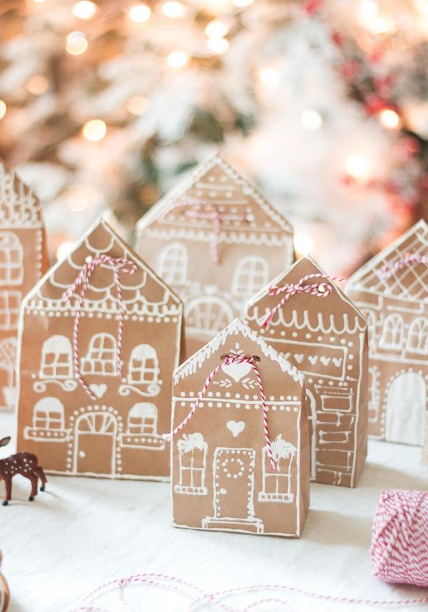 Lebkuchenhaus basteln zu Weihnachten – festliche Ideen, Rezept und Anleitung papptüten dorf deko ideen