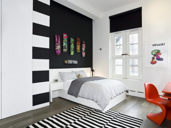 Schwarze Wand im Kinderzimmer mit Weiß kombiniert visueller Kontrast wirkt nicht dramatisch