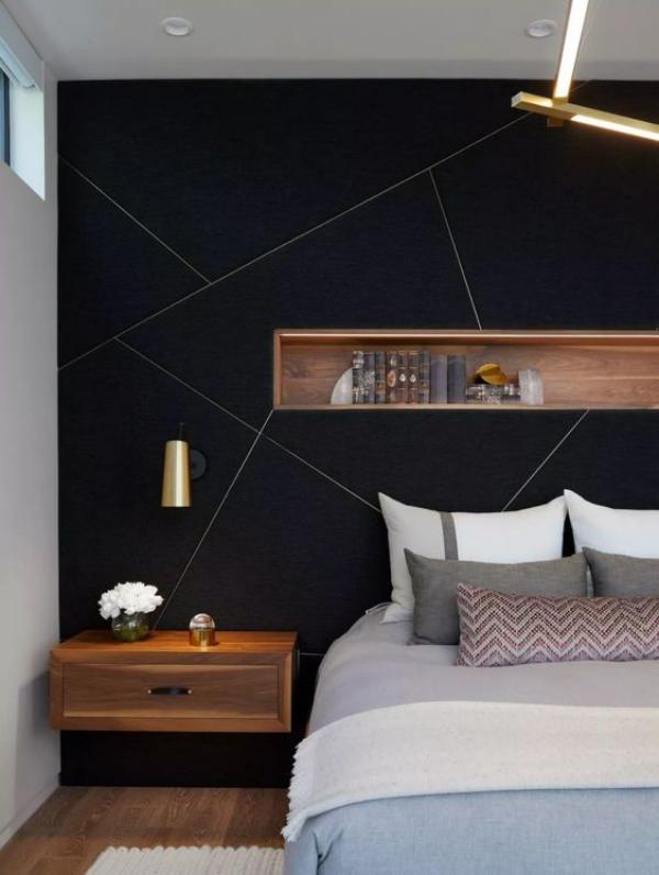 Schwarze Wand im Schlafzimmer mit Holz kombiniert schickes Design