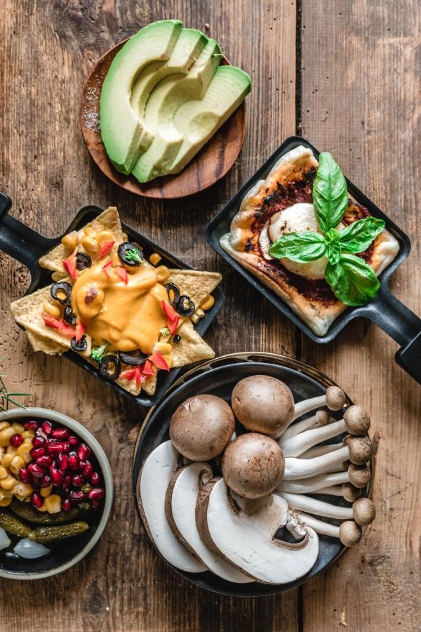 Traditionelle und köstliche Raclette Ideen fürs Pfännchen mit Tipps beliebte beilagen für grillparty