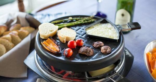 Traditionelle und köstliche Raclette Ideen fürs Pfännchen mit Tipps grillabend freunde verwandte