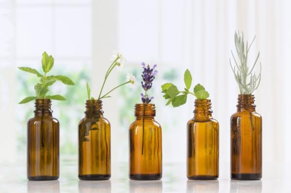 Was hilft gegen Juckreiz jukende Haut Ähterische Öle