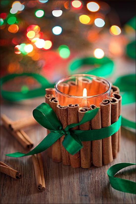 Weihnachsdeko 3 Must-Haves Kerze im Glas mit Zimtstangen dekoriert